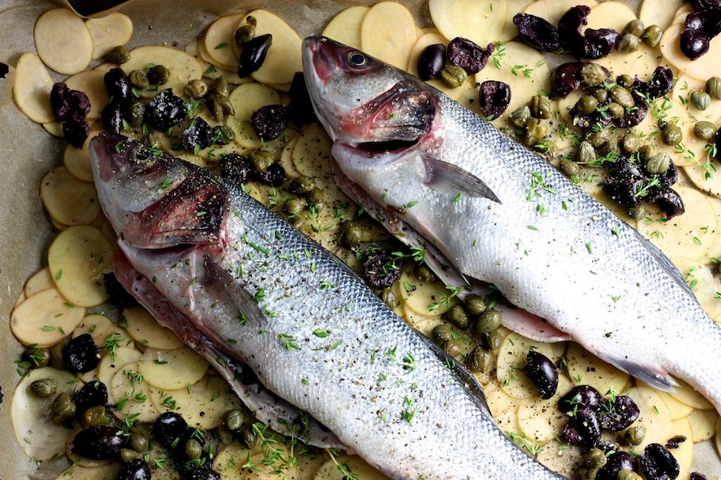 Wolfsbarsch- Kartoffeln- Kapern- Oliven- Thymian1