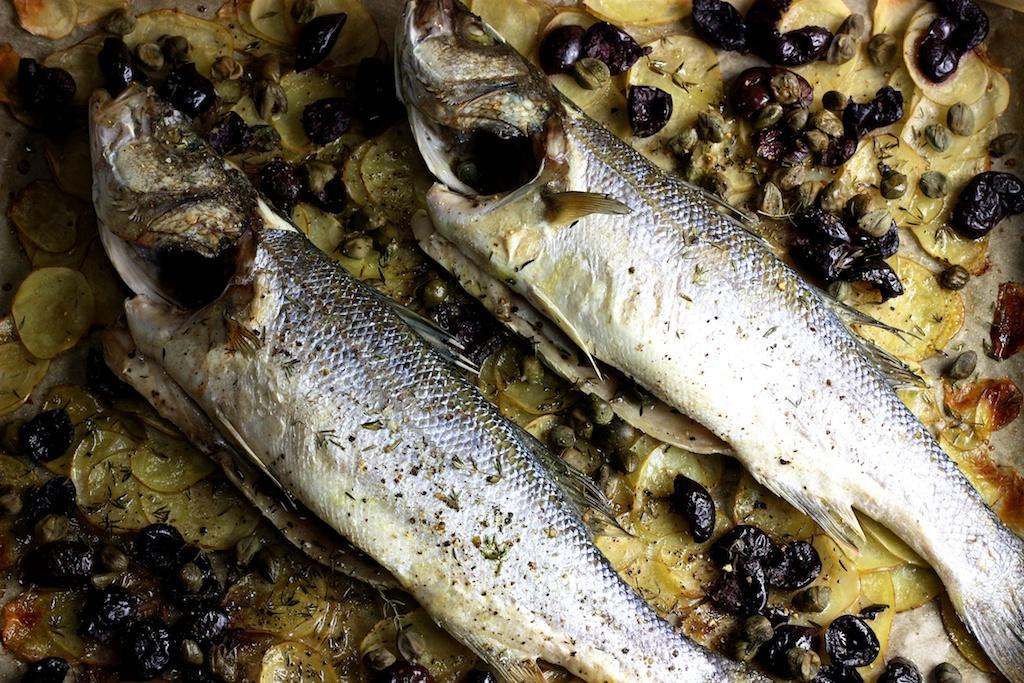 Wolfsbarsch- Kartoffeln- Kapern- Oliven- Thymian3