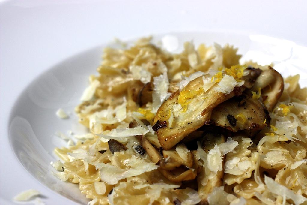 Pasta mit Pilz-ZItronen-Sahne-Sauce2