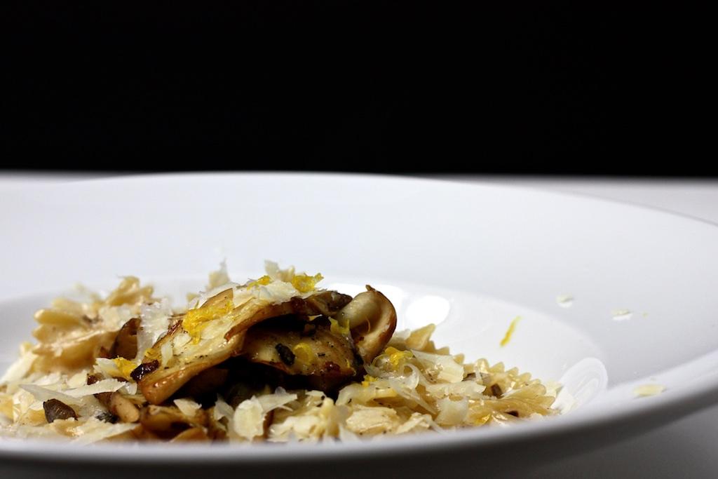 Pasta mit Pilz-ZItronen-Sahne-Sauce4