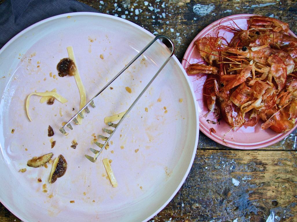 Tagliatelle mit Garnelen, Shitake-Pilzen und Orangensahne