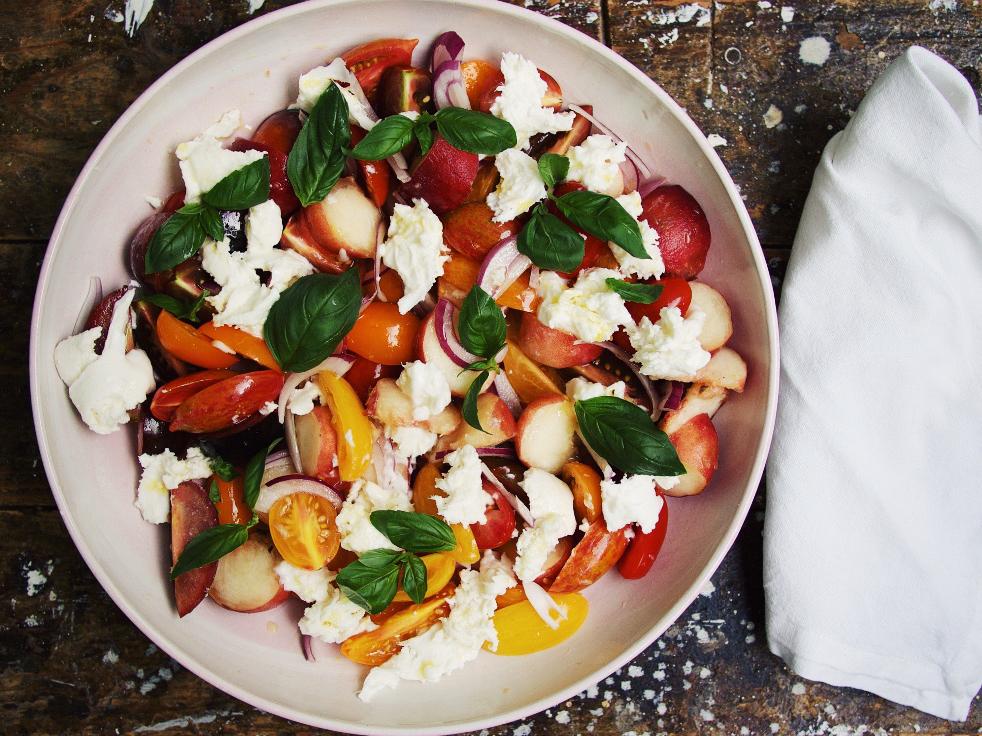 Tomaten-Pfirsich-Salat